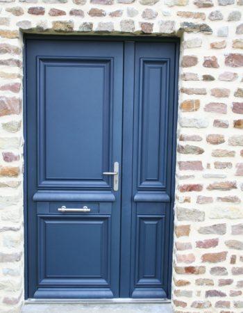 Porte d'entrée à Coutances dans la Manche