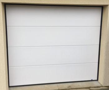Porte de garage sectionnelle motorisée près de Saint lô dans la Manche